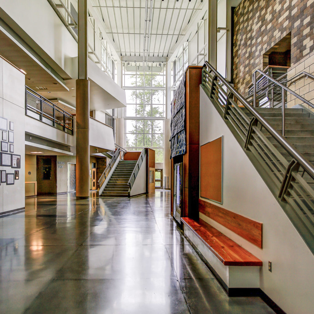 Lynnwood High School Corridor