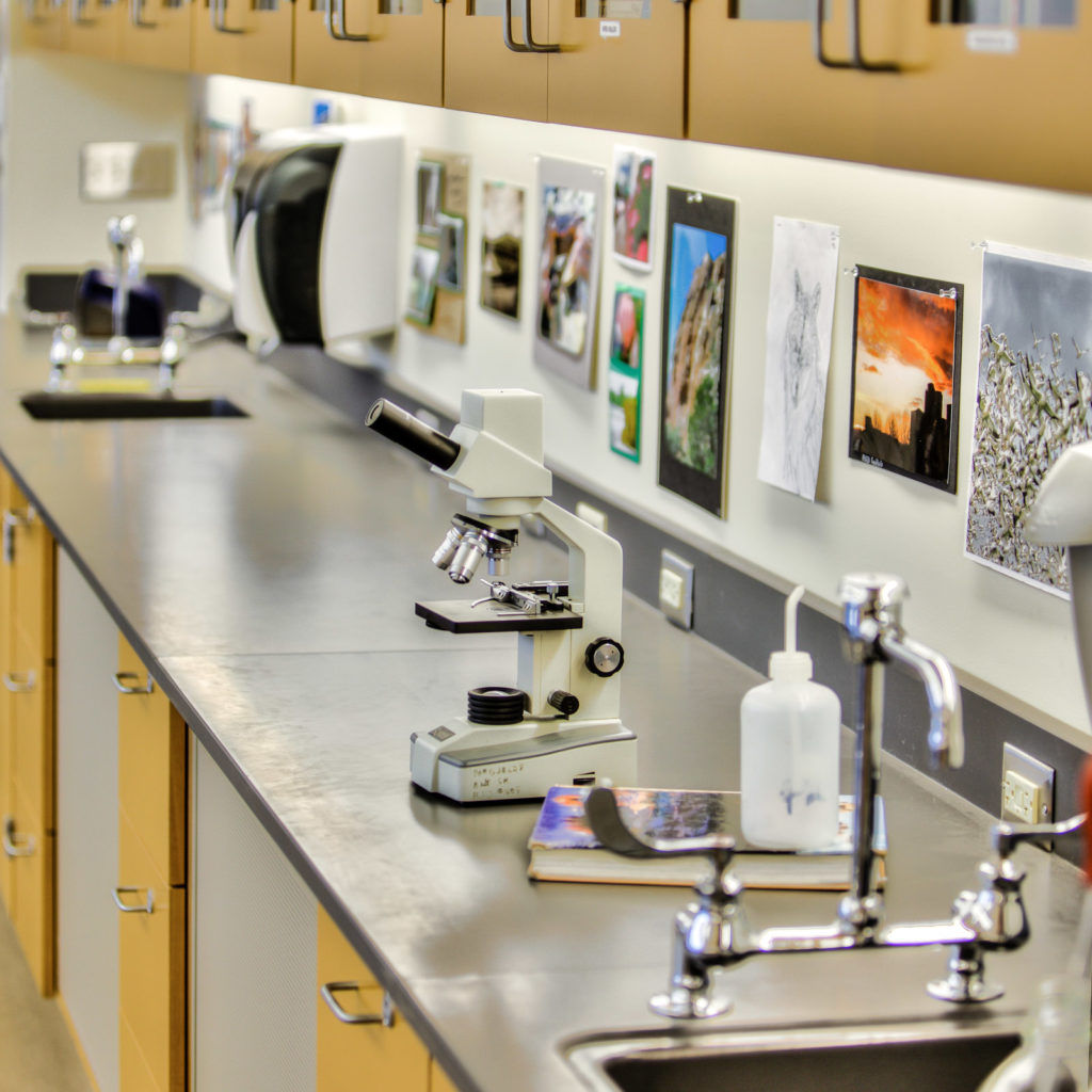Bellevue High School Science Lab